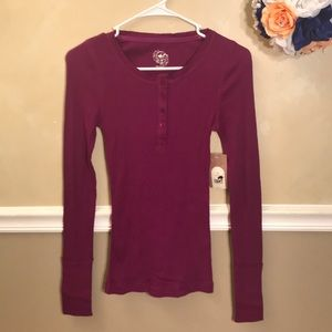 NWT Red Camel ribbed Henley